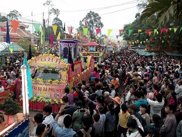 255-hoahao-buddhist-celebration-in-hoa-hao-holy-land-2016